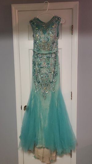 Envious Couture prom dress ONLY SERIOUS BUYERS-PURCHASE THROUGH OFFER APP. ONLY! for Sale in Duluth, GA