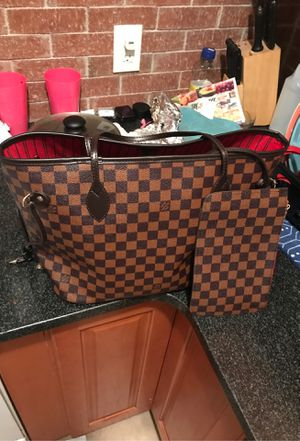 Louis Vuitton bag for Sale in Queens, NY