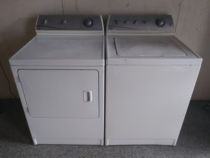 Maytag Washer & Dryer (Electric) for Sale in Blackstone, MA