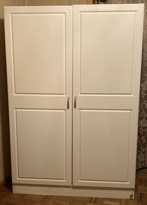 White storage closet with shelves & hanging rod for Sale in NJ, US