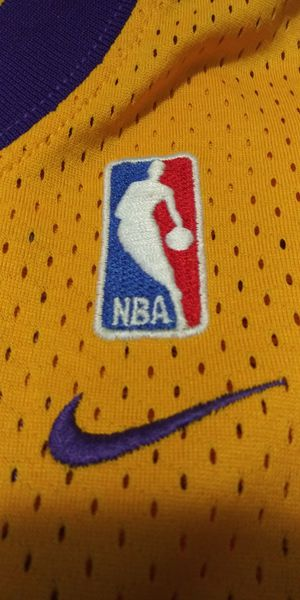 NIKE LOS ANGELES LAKERS 20 PAYTON NIKE THROW BACK JERSEY (real stich no fake) for Sale in San Antonio, TX