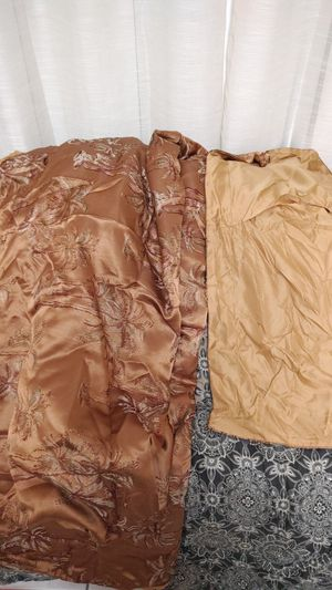 1 Brownish Gold Flat Comforter & 1 Matching Large Pillow Case for Sale in Miramar, FL
