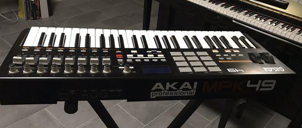 AKAI MPK49