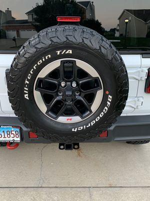 Jeep Wrangler JL Stock Wheels for Sale in Waterloo, IL