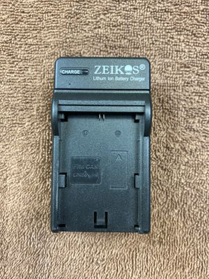 Canon LP-E6 lithium battery charger for Sale in Highland, CA