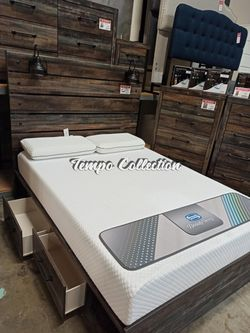 Queen Storage Bed with2 Drawers and 2 Lamps, Multi Color, SKU# ASHB211-QTC for Sale in Norwalk,  CA