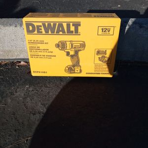 Brand New In The Box Dewalt 1/4 Inch Screwdriver Kit With Charger And Battery for Sale in Turlock, CA