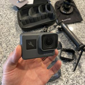 GoPro Hero 6 Black bundle for Sale in Dallas, TX