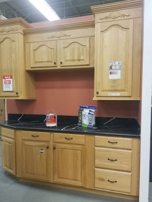 Small kitchen cabinet for Sale in North Las Vegas, NV