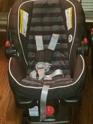 Snugride 35 car seat for Sale in Dallas, TX