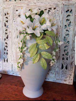 Pier One Home Decor Decorative Flower Vase for Sale in Jackson Township, NJ
