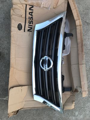 2013-2015 Nissan Sentra grill for Sale in Chino, CA