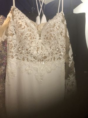 New Wedding dress for Sale in Andover, MA