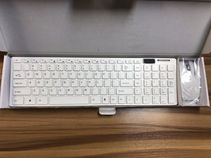 Wireless Keyboard And Mouse Combo with silicone cover for Sale in Los Angeles, CA