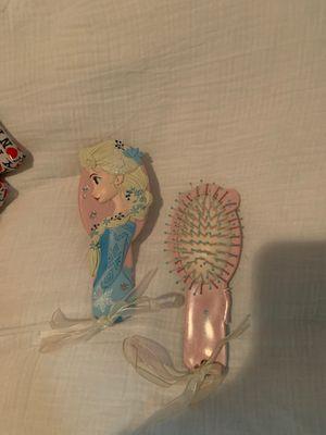 Kids Elsa hairbrush for Sale in Los Angeles, CA
