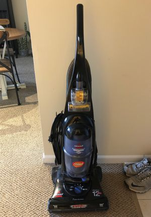 Bissell Cleanview II Bagless for Sale in Downers Grove, IL
