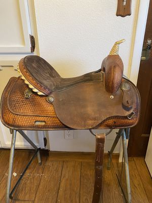 Wester Saddle for Sale in Peoria, AZ