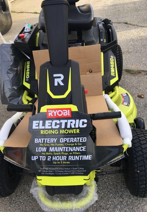 RYOBI 38 in. 75 Ah Battery Electric