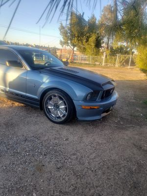 2005 ford mustang for Sale in Hesperia, CA