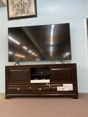 🚚Short Sale🚚 Brand New Wood TV Stand $449, Finance available for Sale in Rio Linda, CA
