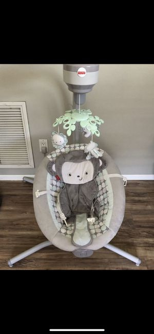Fisher Price baby swing. for Sale in Pinellas Park, FL