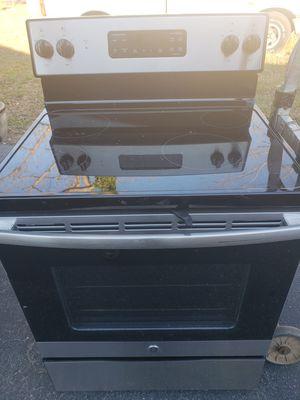 Stove and fridge for Sale in Cumberland, VA