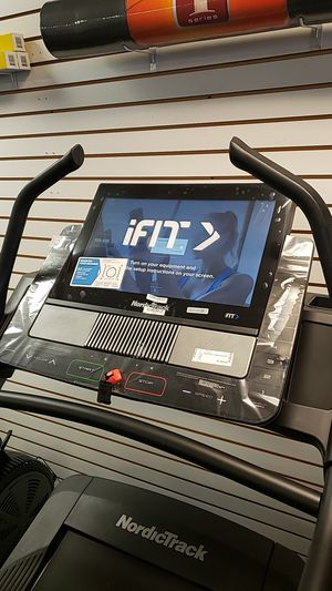 2019 Nordictrack x22i incline treadmill for Sale in Glendale, AZ