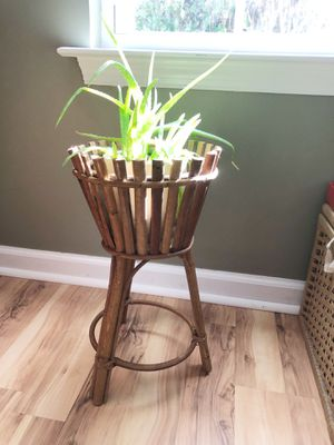 Vintage rattan/bamboo plant stand for Sale in Williamsburg, VA