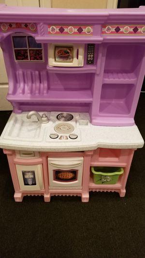 Baby / Toddler toy play kitchen for Sale in New York, NY