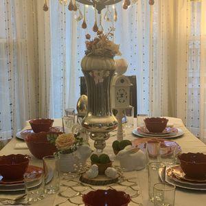 Melamine dinnerware (red) for Sale in Bethesda, MD