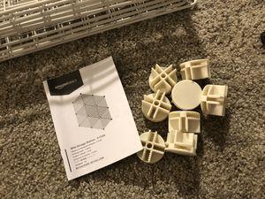 4 cube gird wire storage shelves, white for Sale in Davis, CA