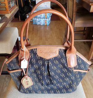 Dooney and Bourke purse for Sale in Sierra Vista, AZ