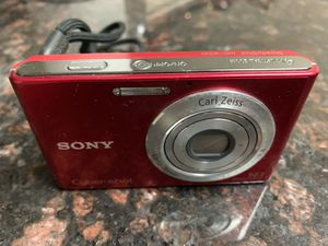 Sony Cybershot Point & shoot Camera 14.1 megapixels for Sale in Pittsburg, CA