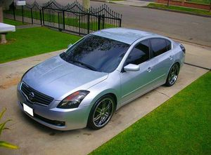 2008 Nissan Altima price $1OOO for Sale in Queens, NY
