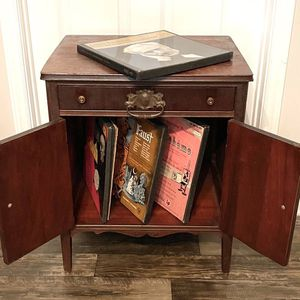 Vintage Mid Century Wood TV Media Hi-Fi 4 Partitioned Slots LP Vinyl Record Storage Unit Console Cabinet Stand for Sale in Chapel Hill, NC