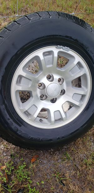 265/70 R17 6 lugs $250 obo for Sale in Victoria, TX