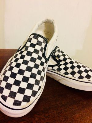 VANS - checkered slip ons for Sale in Chicago, IL