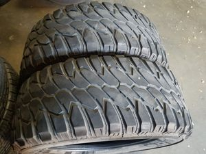35X12.50 R20 LT 2 MUD TERRAIN TIRES for Sale in Colton, CA