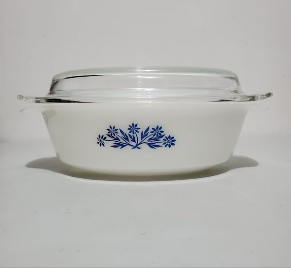 Vtg. 1.5 Qt. Oval Milk Glass Baking Dish With Dome Glass Lid, Anchor Hocking Fire King