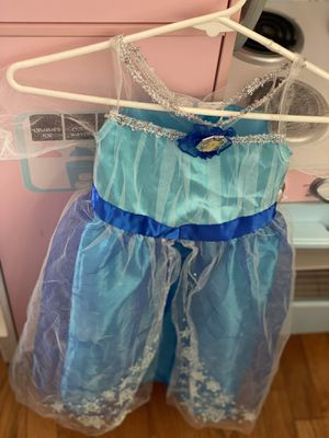 Elsa dress 4T - 6T for Sale in Alexandria, VA