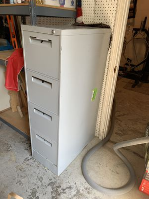 Metal upright 4 drawer file cabinet for Sale in Clackamas, OR