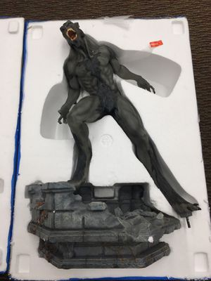 Underworld Lycan figures open box 2feet tall for Sale in Phoenix, AZ