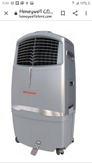 Honeywell CO30XE Evaporative Air Cooler For Indoor And Outdoor Use - 30 Liter (Grey) for Sale in Anaheim, CA