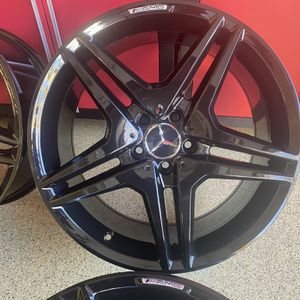 19 Inches Mercedes Benz Amg Rims Brand New Wheels for Sale in Roseland, NJ