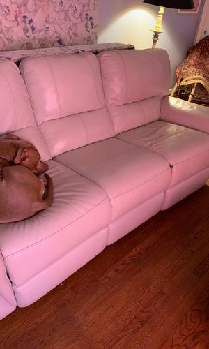 White leather couch no scratches mint condition for Sale in Decatur, GA