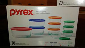 PYREX CONTAINER 20 PIECE SET for Sale in Fresno, CA