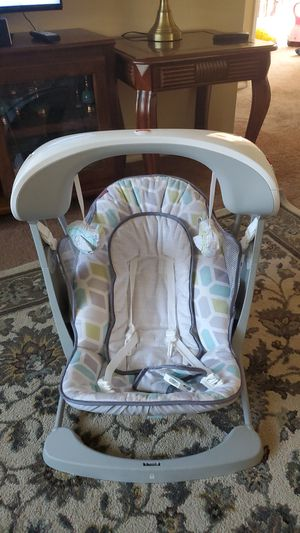 Baby fisher swing for Sale in Tigard, OR