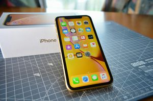 IPHONE XR 128G UNLOCKED PAY 38$ DOWN NO CREDIT NEEDED for Sale in Houston, TX