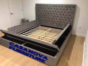 BRAND NEW BED FRAME KING COMES IN BOX 📢📢📢📢📢MATTRESS INCLUDED 📢📢📢📢📢IN STOCK 📢📢📢📢 for Sale in Compton, CA