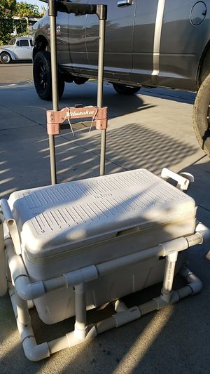 Fishing ice chest with rod holders for Sale in Anaheim, CA